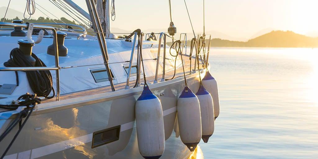 I Norge er det nesten bare Fender Marine som er et forsikringsselskap som er spesialisert på forsikring av fritidsbåter.
